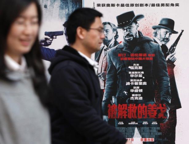 poster-de-django-livre-em-cinema-na-china-1365688266904_615x470