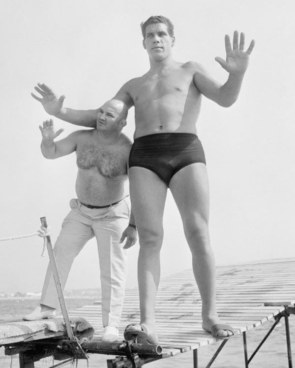 andre-the-giant-at-age-19.jpg